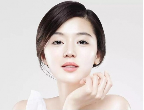 Корейский пятиступенчатый уход за кожей лица